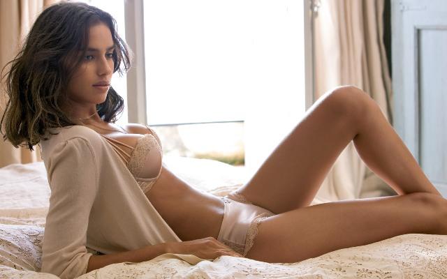 underwear-model-photo
