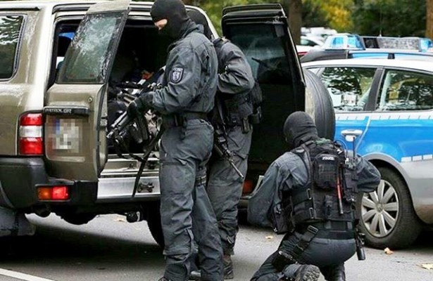policija-terorizam-615x400